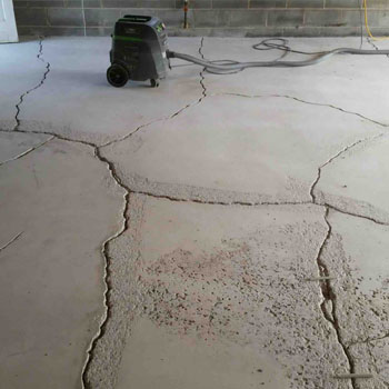 Garages – Concrete Walls and Concrete floors